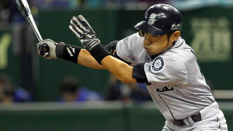 In 2004 Ichiro set the single-season hits record with 262