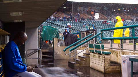 Detroit rain delay