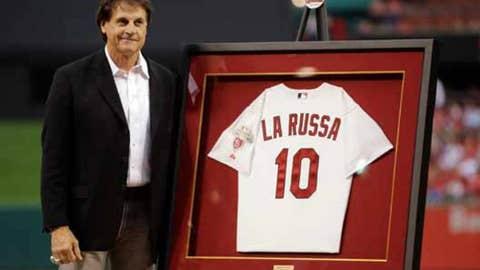 La Russa's No. 10 retired