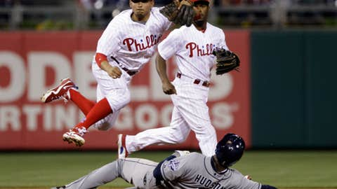 Galvis goes up