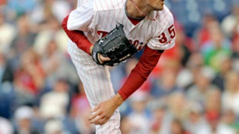 Hamels' high kick