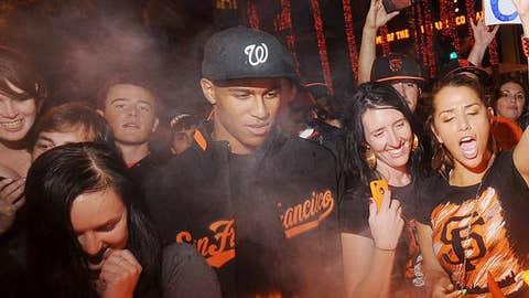 San Francisco Giants fans celebrate