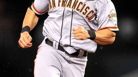 Angel Pagan re-signs with Giants