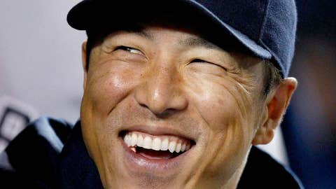 Hiroki Kuroda re-signs with Yankees
