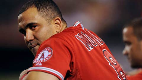Kendrys Morales, Angels to Mariners