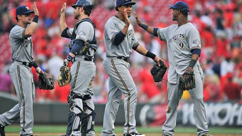 Milwaukee Brewers: F