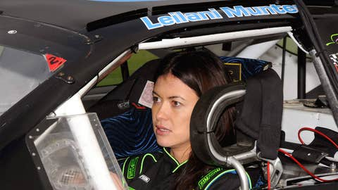 Hot Women Racers: No. 10
