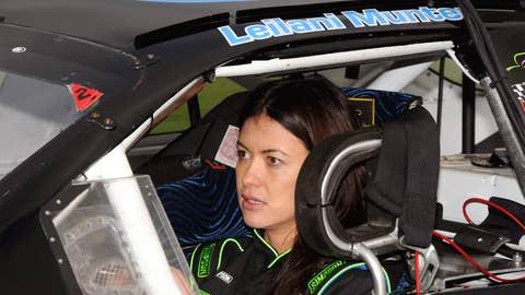 Hot Women Racers: No. 10