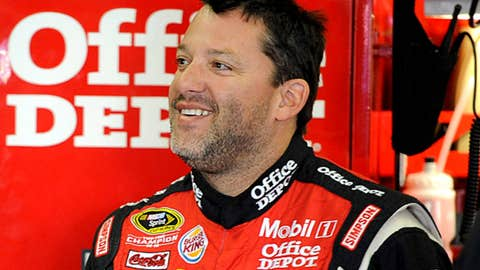 Tony Stewart, 3 points back