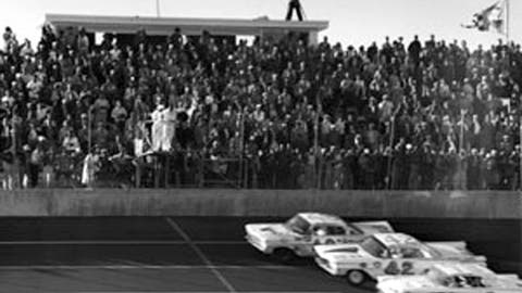 More Lee Petty coverage on FOXSports.com