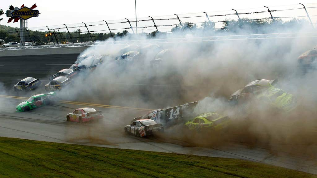 Final-lap crash mars Talladega race | FOX Sports