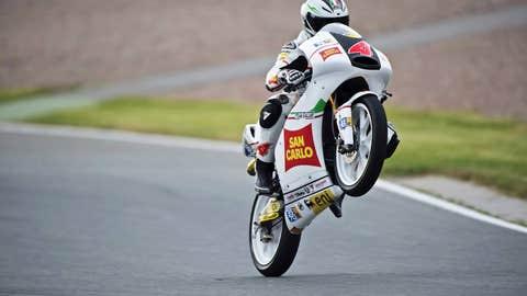 Francesco takes flight