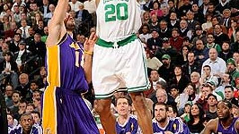 Ray Allen, 2010 NBA Finals, Game 3