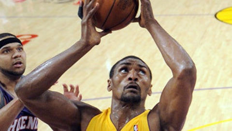 Will Ron-Ron show up before the final second?