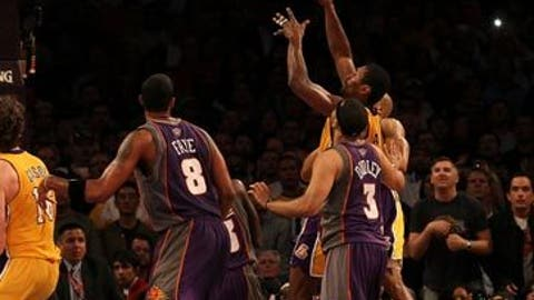 Ron Artest's putback to sink Suns