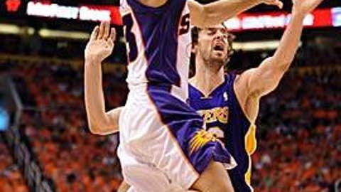 Nash to the hoop