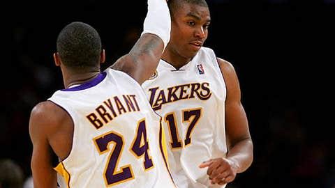 2007: Lakers 122, Suns 115