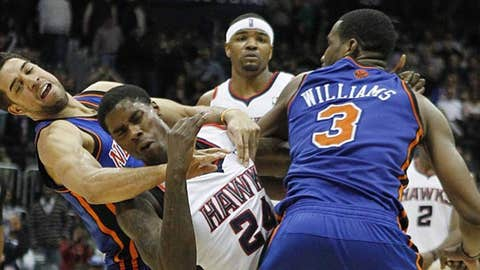 012911 NBA Shawne Williams Marvin Williams fight