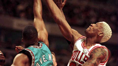 1995-96 Vancouver Grizzlies (15-67)