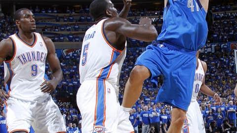 Dirk doing work
