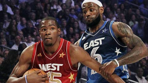 Image: Western Conference's Kevin Durant and Eastern Conference's LeBron James (© AP Photo/Chris O'Meara)
