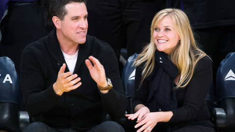 Jim Toth, Reese Witherspoon