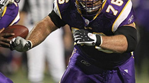 37. Steve Hutchinson, G, Vikings (2009 Rank: 57)
