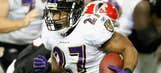 Ray Rice back at practice, two days after suffering shoulder injury