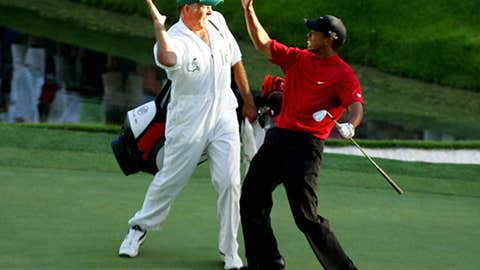 Tiger's rolling chip at the Masters