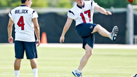 Houston: Who will win the kicking duel?
