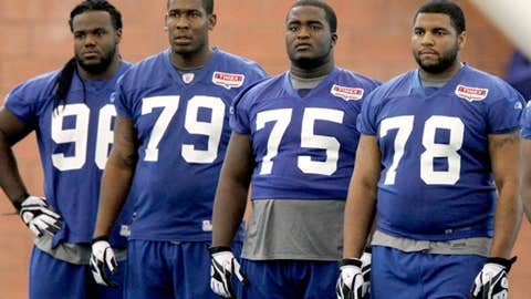 New York Giants: Can the defensive tackles avoid more injuries?