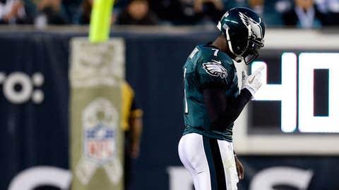 Image: Philadelpia Eagles QB Michael Vick (© Julio Cortez/Associated Press)