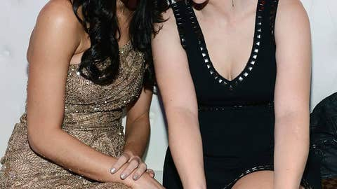 Ashley Greene and Anna Faris