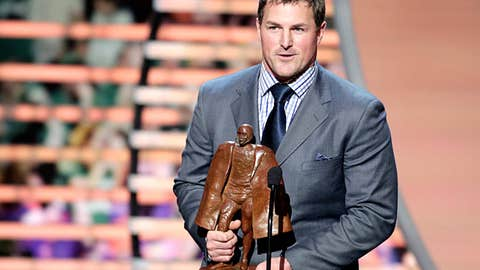Walter Payton NFL Man of the Year: Jason Witten