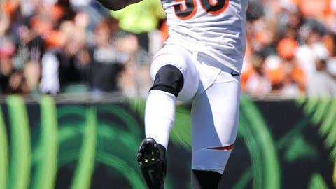 Cincinnati: Re-signing defensive end Michael Johnson