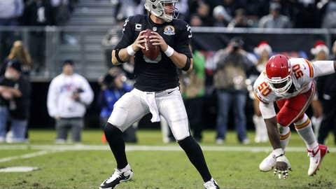 Oakland: Deciding the future of quarterback Carson Palmer