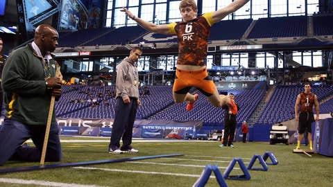 Even kickers gotta jump