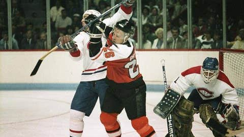 Brian Propp, '86-87 Flyers, 28 points