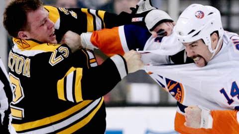 Trevor Gillies, New York Islanders