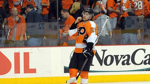 Will Claude Giroux bring the assists again?