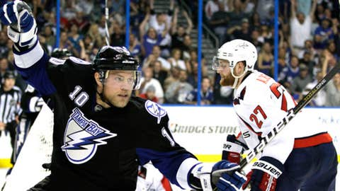 Tampa Bay Lightning left wing Sean Bergenheim (10), of Finland, celebrates after scoring a goal
