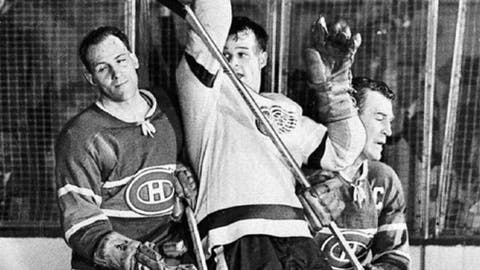 April 14, 1955: Red Wings 3, Canadiens 1