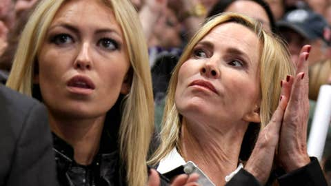 Paulina Gretzky and Janet Jones