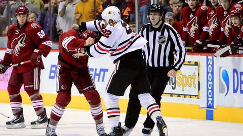 Game 11: Blackhawks 6, Coyotes 2