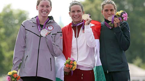 Swimming -- women's 10-kilometer marathon