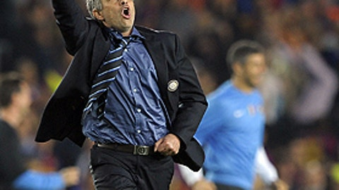 Mourinho runs wild at Nou Camp