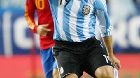 ARGENTINA: Esteban Cambiasso -- OUT