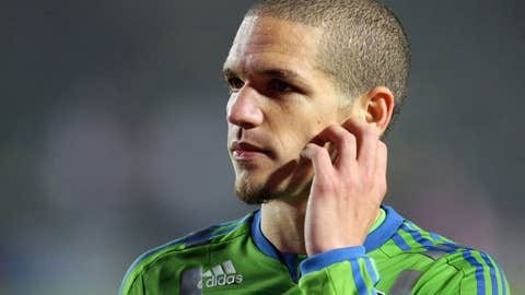 Osvaldo Alonso, M, Seattle Sounders