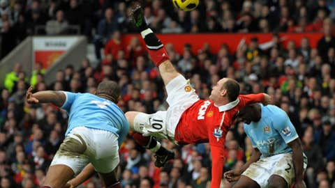 Amazing bicycle kick against City (February 2011)