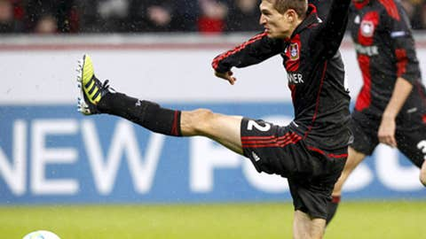 Daniel Schwaab, D, Bayer Leverkusen